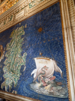 The Vatican Museum had an entire hall of old maps painted on the walls!